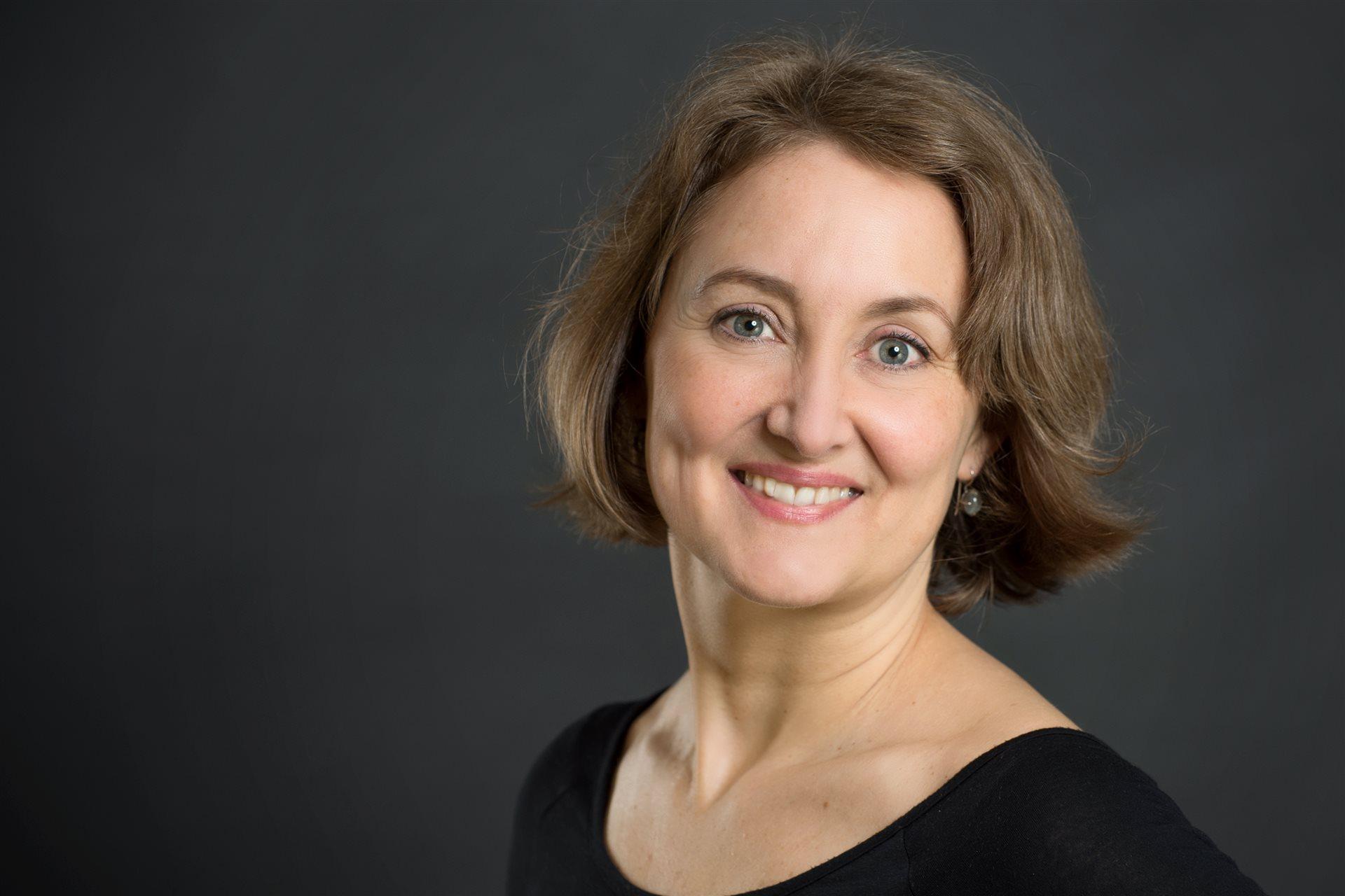 Julia Vincze